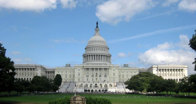 U.S. Government Moving Towards iPhone, iPad