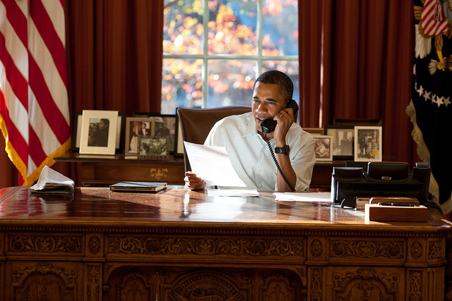 Barack Obama ukázal iPad 2 v obalu