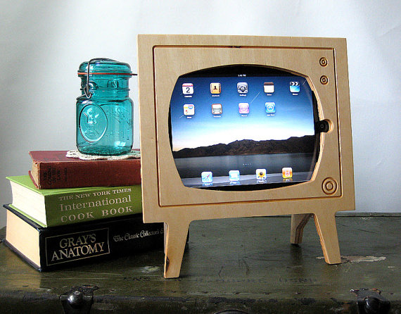 Handmade Natural Wood Retro TV Ipad Dock