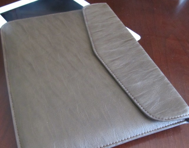 The Ultra Thin Leather Sleeve
