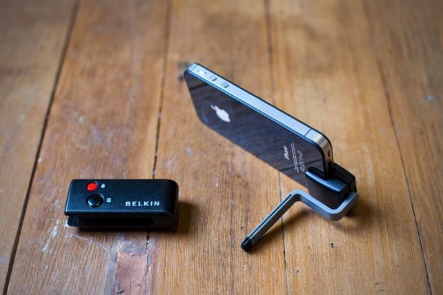 Belkin iPhone Camera Remote F8Z896eb