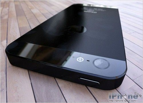 iPhone Leaked Photos