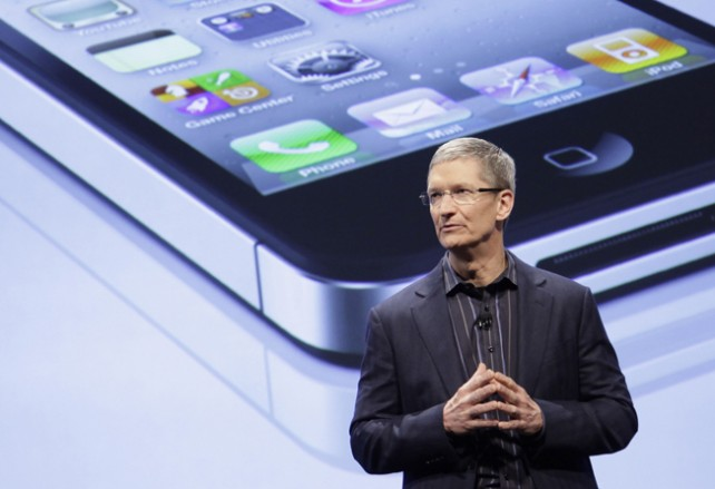 apple-ceo-tim-cook110825142319-642x439