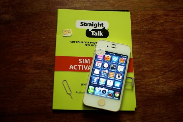 unlimited talk, text, and data plan provided by Straight Talk