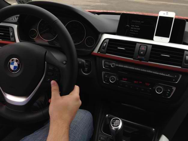 BMW To Feature Siri Eyes Free Integration Throughout 2014 Car Model Range