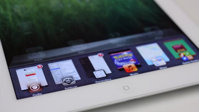 Auxo - Lepší přepínání aplikací i pro iPad (Jailbreak, Tweak, Video)