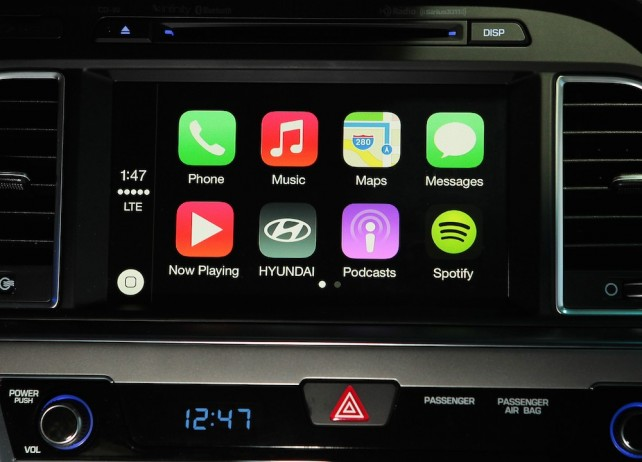 Apple CarPlay Technology Is Coming To The 2015 Hyundai Sonata