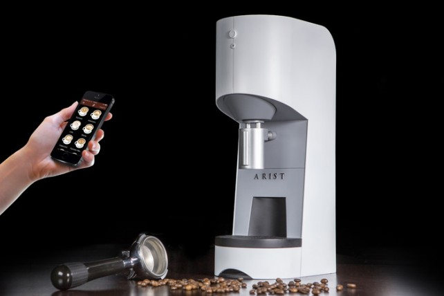With the Arist Caf, brewing a cup of coffee is as easy as pulling out your iPhone