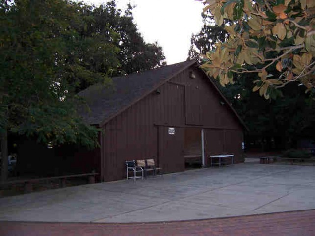 Apple's Campus 2 will be home to Silicon Valley's historic Glendenning Barn