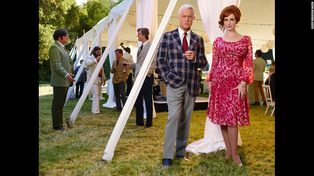 150325130245-04-mad-men-season-7-super-169