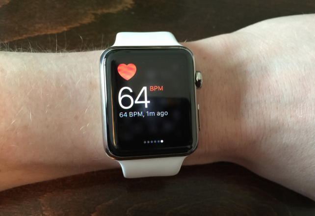 If your arm is moving, Watch OS 1.0.1 won't record your heart rate every 10 minutes