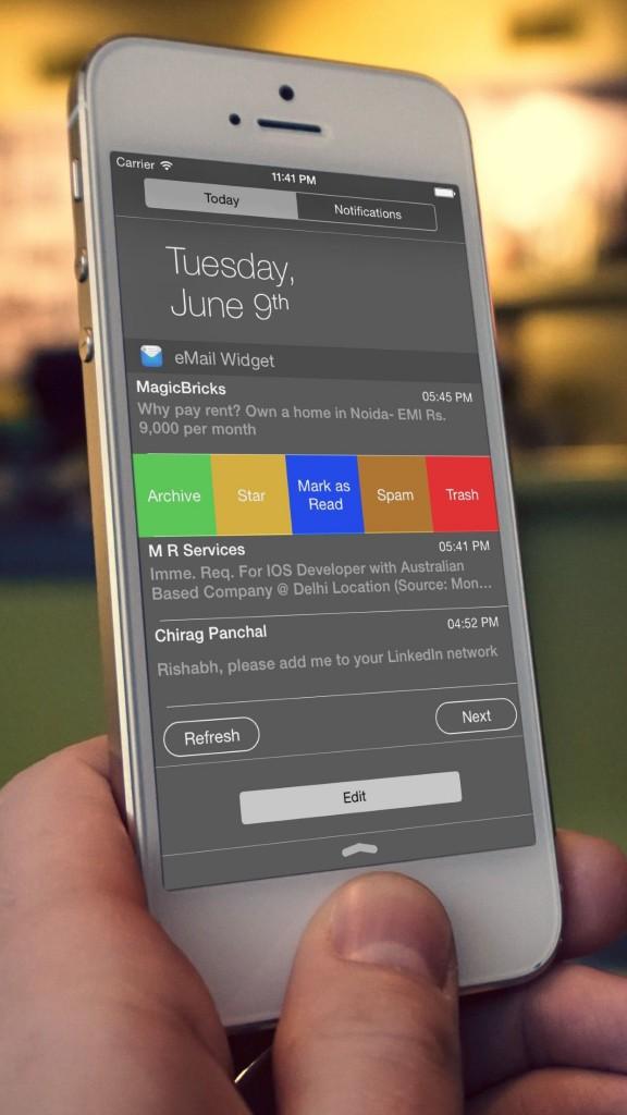 Star a message or mark it spam with a tap using eMail Widget