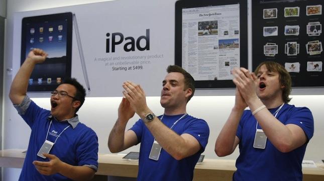 Apple: 1 Million iPads & 200,000 Apps - It's Magic