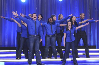"""iTunes Pushes """"Glee"""" Cast Past The Beatles"""