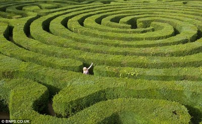 Getting Through A Maze With Your iPhone