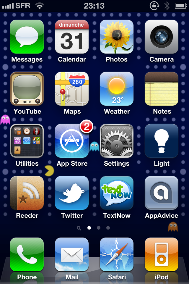 Give Your iPhone A PacMan Look With This New Background
