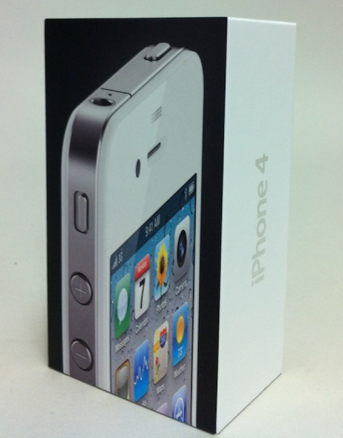 White iPhone Conversion Kits Could Put Teenager In Apple's Doghouse