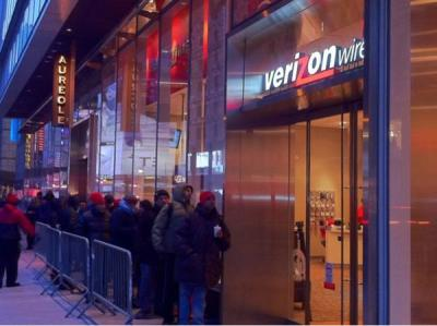 Is America Standing In Line For The Verizon iPhone?