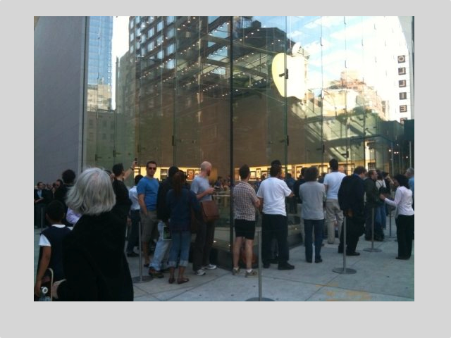 The iPad 2 Launch: The Long Lines Aren't The Problem For Apple, It's The Angry Customers