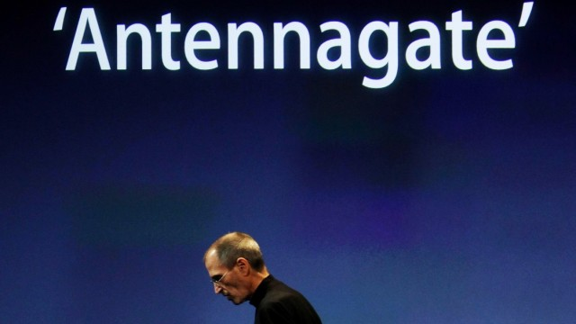 """iPad 2 """"Antennagate"""" Proving A Nuisance To Select Few"""
