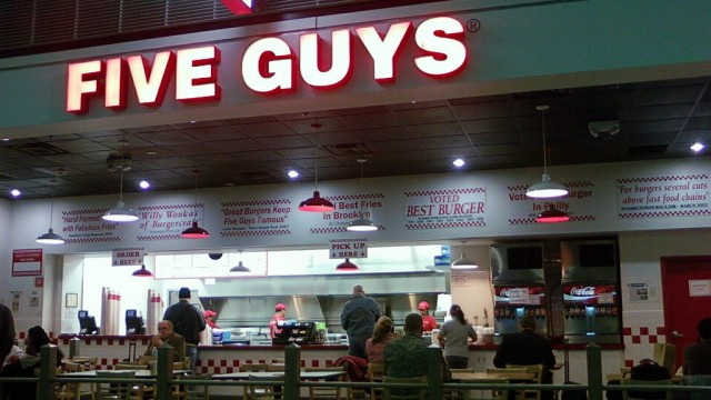 Five Guys Burgers & Fries App Lets You Order From iDevice