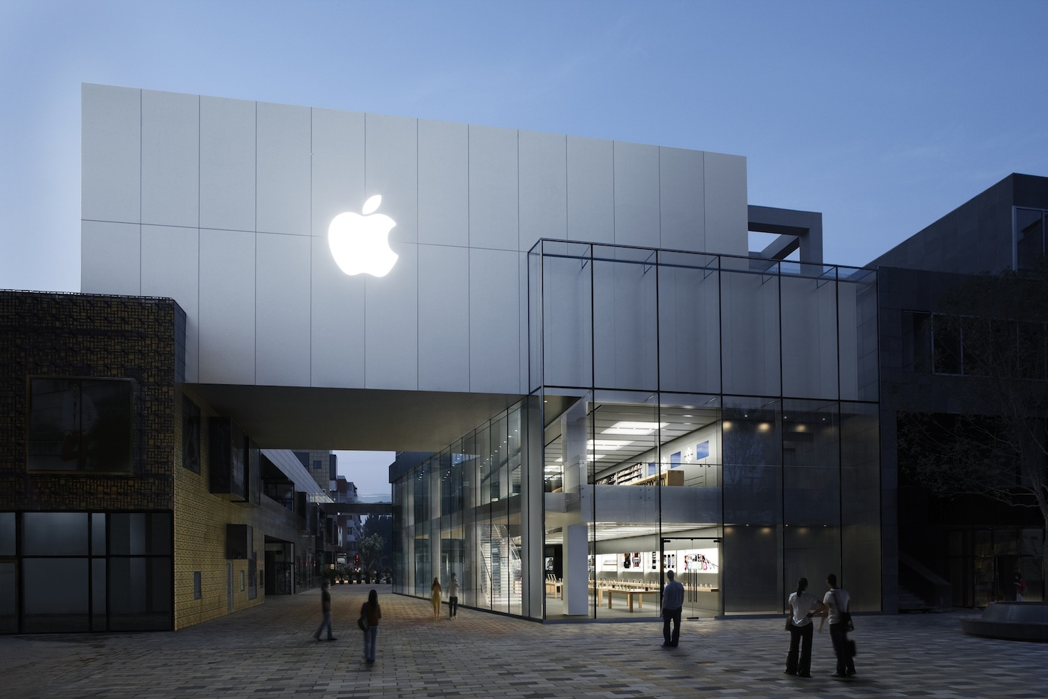 Apple To Begin Offering 3G iPad 2s In China
