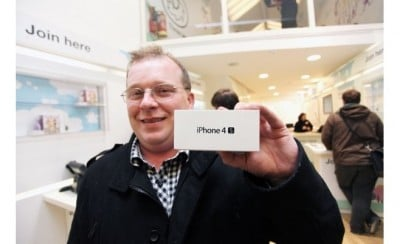 Apple's iPhone 4S Now Available To Purchase In 22 Additional Countries