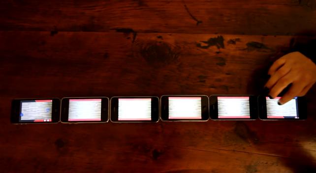 Ultimate Shuffleboard - Create One Huge Shuffleboard With Several iPhone Handsets