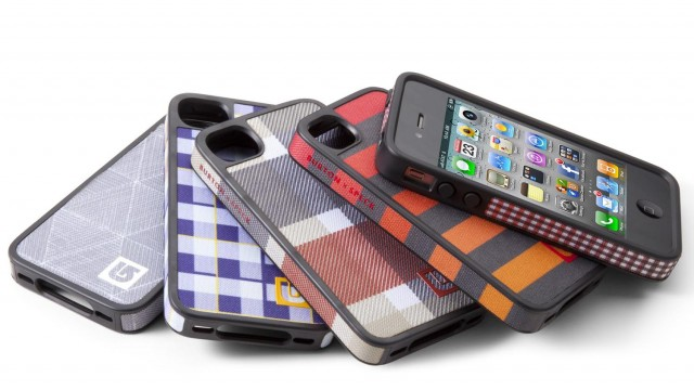 AT&T iPhone 4 Customers May Need To Purchase New Cases For The iPhone 4S