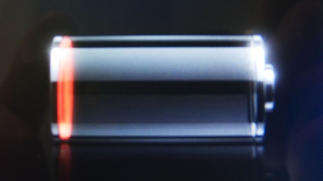 Despite The Update: Many iPhone 4S Users Still Reporting Battery Issues