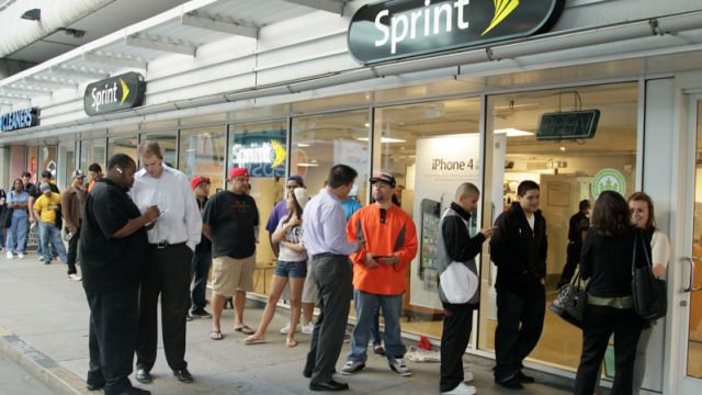 Sprint Hopes To Resolve Their iPhone 4S Growing Pains Soon