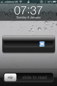 Jailbreak Only: Ipsum - Dismiss Lock Screen Notifications With A Double-Swipe