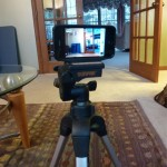 Kungl Tripod Adapter Connects Your iPhone To A Tripod