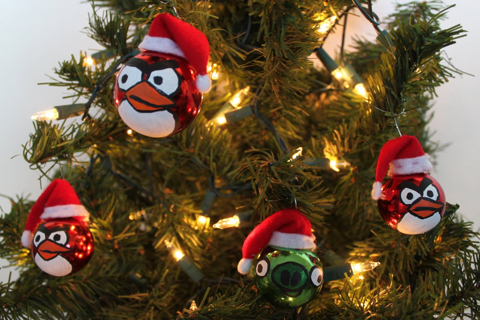 Angry Birds Still The Hottest Series In Mobile With Awesome Holiday Push