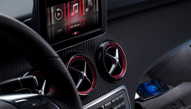Mercedes-Benz To Launch A-Class Cars With Siri Integration