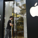Apple Announces Dividend, Stock Repurchase Plan