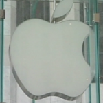 Apple Accused Of 'Misleading' Product Guarantees