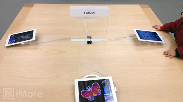 Apple Stores Replace iMacs At Kid's Table With iPads