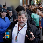 Apple Co-Founder: Windows Phone 7.5 'More Beautiful' Than iOS, Android