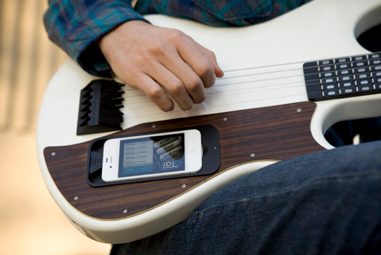 The gTar Brings Guitar Playing To The iPhone Masses