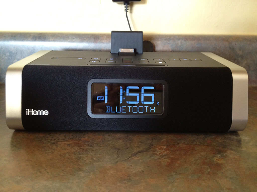 Review: iHome iD50 App-Enhanced Speaker System With Alarm Clock And Bluetooth