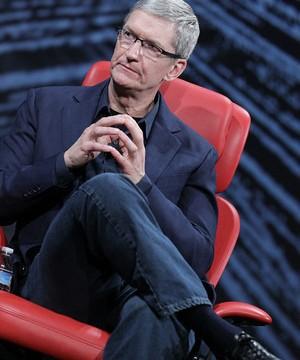 Tim Cook Talks Steve Jobs, Siri, TV At D10