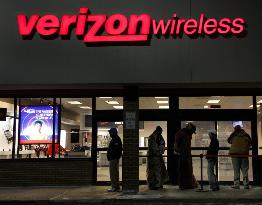 Verizon's iPhone Sales Down 16 Percent, As Consumers Wait For Apple's New Handset