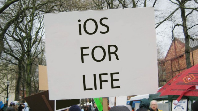 Survey: 21 Percent Of iOS Users Wouldn't Switch Platforms For Any Price