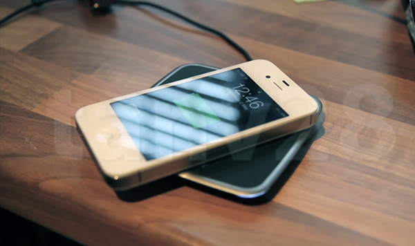 Hacker Makes His Own Wireless iPhone 4S Charging Solution