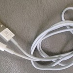 Apparent Next-Generation iPhone Charge/Sync Cable Pictured For The First Time