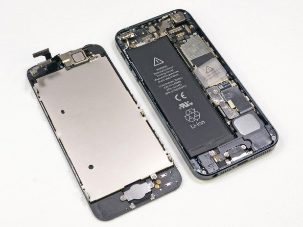 The iPhone 5 Gets Torn Apart By iFixit