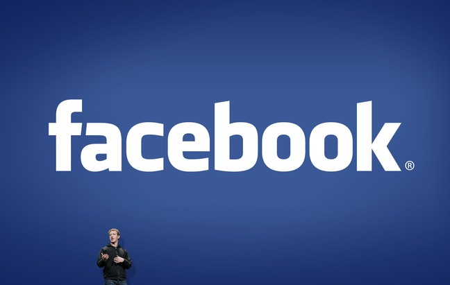 As Facebook Hits 1 Billion Users, Attention Turns To iTunes 11