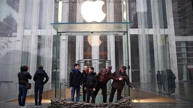 Hurricane Sandy May Delay Apple's iPad mini Launch In New York City
