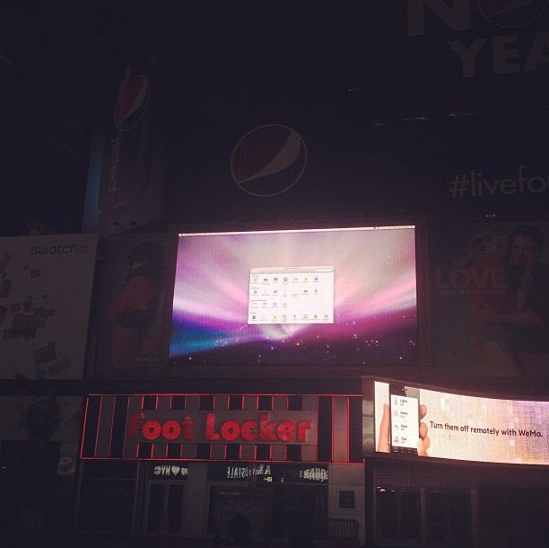 It's Great To Know That Billboards In Times Square Are Run By Macs, But ...